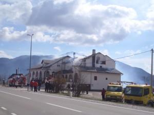 U Gračacu je gorjelo krovište kuće. Foto: Marko Rakovac